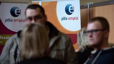 Les 1,1million de personnes percevant moins de 1000 euros ne restent que 9 mois au chômage en moyenne.