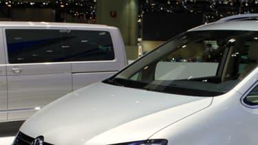 Le PS a choisi un Volkswagen Sharan pour transporter son futur candidat à l'élection présidentielle.