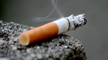 Cigarette. (illustration)