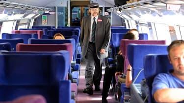 """Pour le sénateur Gérard Cornu (LR), """"l'ouverture à la concurrence du transport ferroviaire de voyageurs suscite les inquiétudes légitimes des salariés de SNCF Mobilités""""."""
