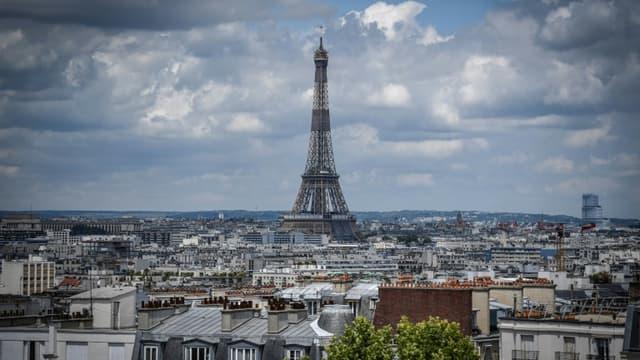 Une vue de Paris, le 15 juin 2020