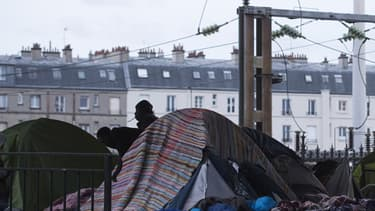 Image de l'évacuation du camp de migrants porte de la Chapelle en juin 2016.  (photo d'illustration)