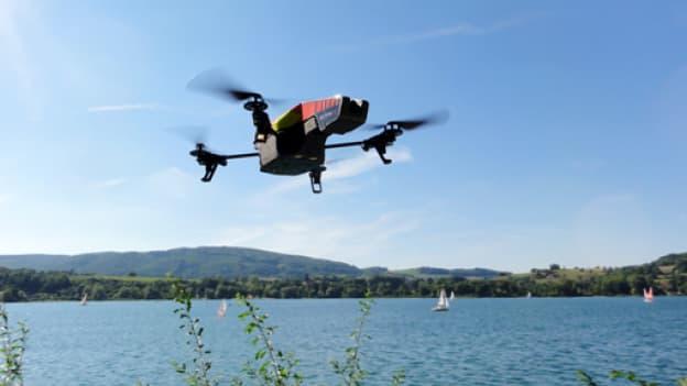 La capitale a été survolée par quatre drones, dans la nuit de lundi à mardi 24 février 2015.