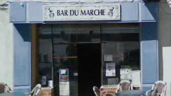 Le bar de Florence Balit, à Beaucaire, dans le Gard.