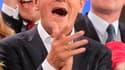 Les Polonais ont permis dimanche à Donald Tusk, Premier ministre issu de la droite libérale proeuropéen, de reconduire sa coalition de gouvernement, une première depuis la chute du régime communiste. /Photo prise le 9 octobre 2011/REUTERS/Wojciech Olkusni
