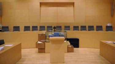 Salle d'audience de la cour d'assises de Melun, où était jugé Americo Carneiro. Il a été condamné à cinq ans de prison avec sursis.