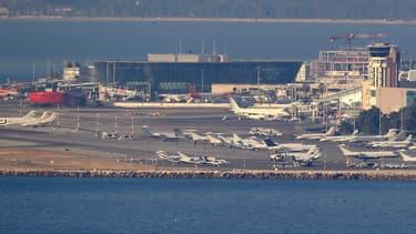 L'Autorité de régulation des transports a refusé d'homologuer les tarifs des redevances aéroportuaires applicables aux aérodromes de Nice-Côte d'Azur et de Cannes-Mandelieu à compter du 1er février 2020,  demandés par l'aéroport.