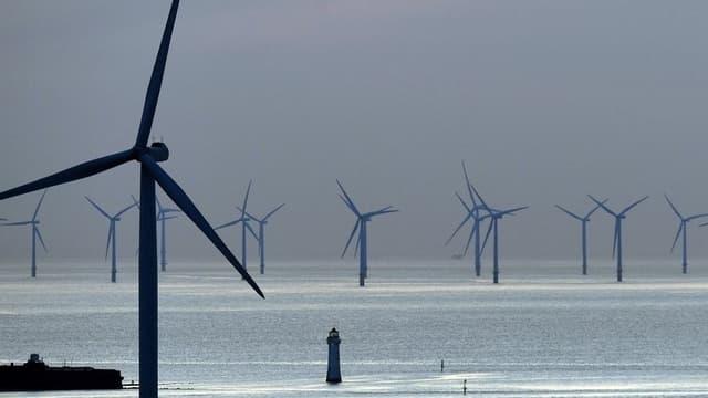 Les six premiers projets de parc d'éoliennes en mer déjà attribués entre 2011 et 2013 affichent une puissance totale cumulée de 2916 MW.