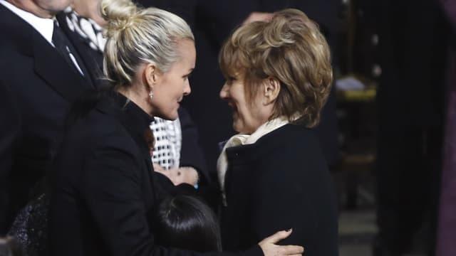 Laeticia Hallyday et Nathalie Baye le jour de l'hommage populaire à Johnny