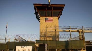 166 personnes sont détenues à Guantanamo.
