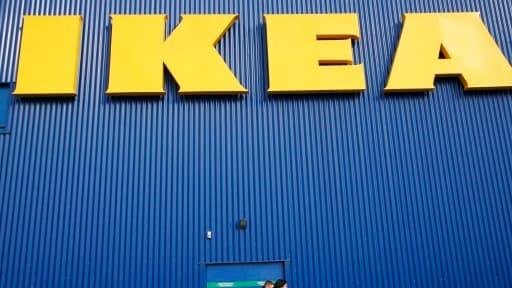 Ikea poursuit sa stratégie de développement sur internet.