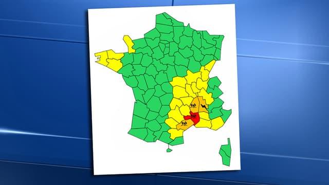 Météo France a placé vendredi le département du Gard en vigilance rouge aux pluies et aux inondations, et maintenu en vigilance orange l'Hérault, la Drôme et l'Ardèche