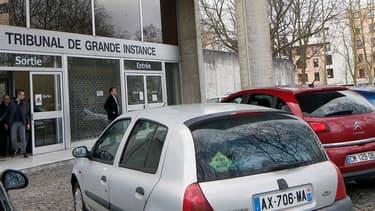 L'époux violent comparaît ce mardi 14 février 2017 devant les assises de L'Essonne, au tribunal de grande instance d'Evry.