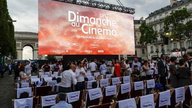 Une séance de cinéma aura lieu sur les Champs-Élysées le 7 juillet.