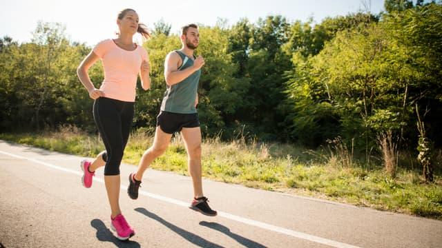 Les adultes devraient pratiquer chaque semaine au moins 150 minutes d'activité d'endurance d'intensité modérée, ou au moins 75 minutes d'activité d'endurance d'intensité soutenue.