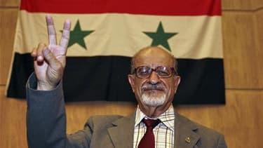 Haisam al Maler, ancien juge devenu figure de l'opposition. Malgré leurs divisions, les opposants syriens réunis samedi à Istanbul ont élu dans la soirée un Conseil de salut national, mais ont remis la formation d'un gouvernement en exil à plus tard. /Pho