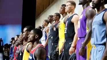 Lors d'un show à Los Angeles dédié à la NBA, Nike a dévoilé un maillot connecté.