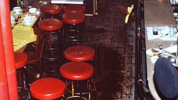 Quelques heures après l'attentat dans le restaurant rue des Rosiers, en août 1982.