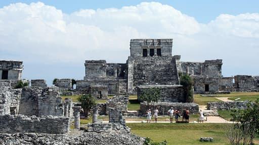 D'après une ruemur liée au calendrier maya, le fi ndu modne est pour le 21 décembre 2012. Une psychose qui inquiète la Nasa.