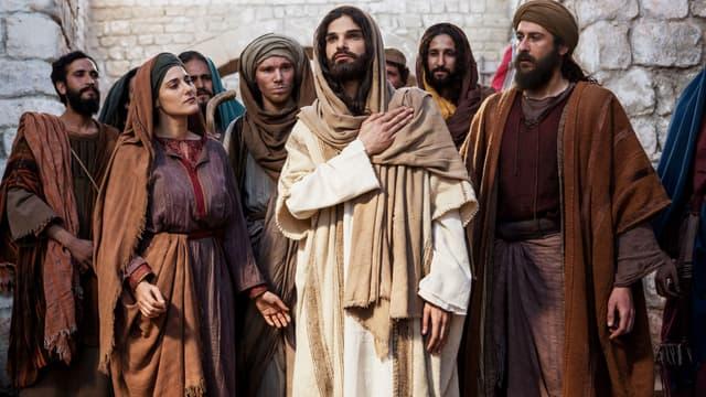 Mike Massy incarne Jésus dans le nouveau spectacle de Pascal Obispo.