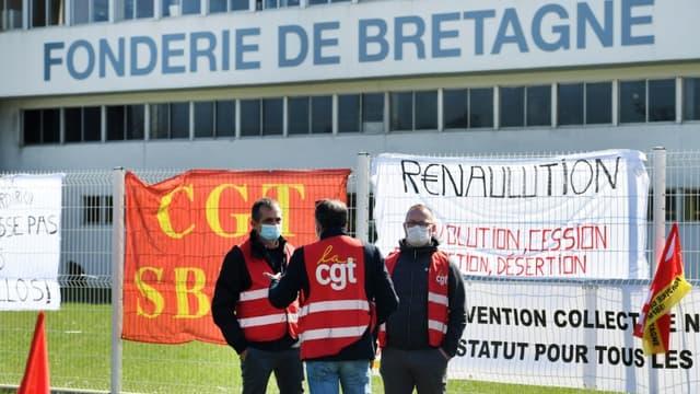 Les salariés de la Fonderie de Bretagne, dans le Morbihan, sont en grève depuis plus de trois semaines.