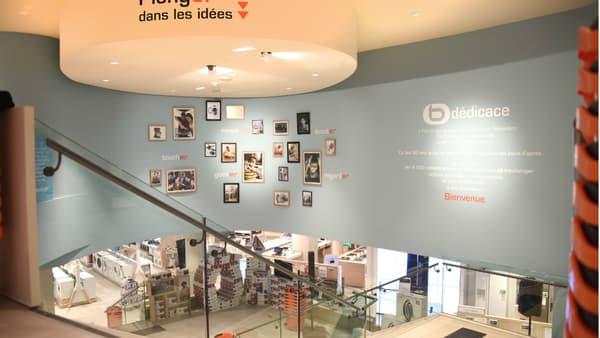 Le magasin parisien se déploie sur deux niveaux et 1.400 m².