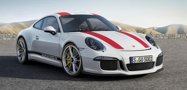La 911 R est le modèle le plus léger et le plus rapide de la gamme.