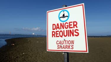 Panneau de prévention contre la baignade à La Réunion