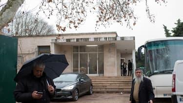"""L'auteur présumé de l'agression antisémite d'un enseignant juif ce lundi à Marseille a déclaré aux enquêteurs avoir """"honte de ne pas l'avoir tué"""" - Mercredi 13 janvier 2016"""