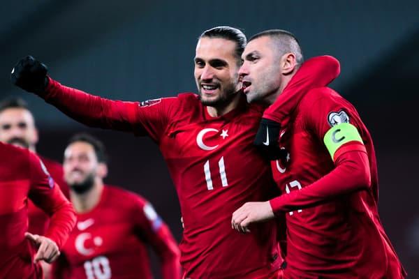 Yilmaz et Yazici avec la Turquie