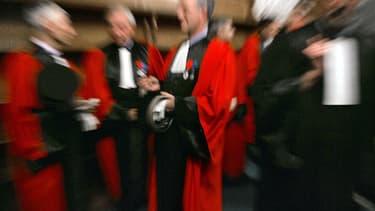 Les chances de voir le projet de loi constitutionnelle visant à renforcer l'indépendance et l'autorité du Conseil supérieur de la magistrature (CSM), le seul susceptible d'aboutir parmi les quatre proposés par le gouvernement, diminuent de jour en jour. L