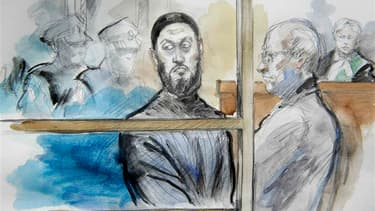 Raed Jaser (à gauche), l'un des suspects du projet d'attentat au Canada, en compagnie de son avocat John Norris lors d'une audience dans un tribunal de Toronto. Raed Jaser et Chiheb Esseghaier, les deux hommes inculpés au Canada pour un projet d'attentat