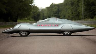Cette Abarth très spéciale a parcouru 10.000 km à 191 km/h de moyenne en 1960. Un record.