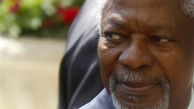 """Kofi Annan dit redouter une militarisation accrue de la crise syrienne. L'émissaire de l'Onu et de la Ligue arabe pour la Syrie a dit qu'il plaiderait auprès de Bachar al Assad comme de ses opposants en faveur d'un """"règlement pacifique"""". /Photo prise le 8"""