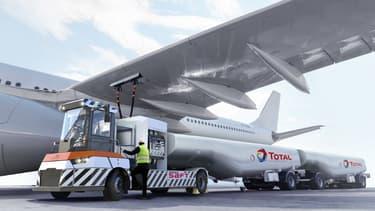Destiné au site industriel d'Airbus à Toulouse, ce prototype sera capable de tracter deux  citernes  de 30  tonnes  de carburant chacune.