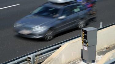 3275 radars automatiques sont installés au bord des routes françaises.