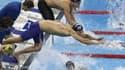 Fabien Gilot derrière Michael Phelps