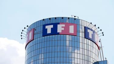 Le cours de Bourse de TF1 est sévèrement sanctionné mardi sur le marché parisien. En cause, l'annonce d'un possible retour de la publicité le soir sur France Télévision.
