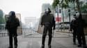 Des tensions sur les Champs-Elysées.