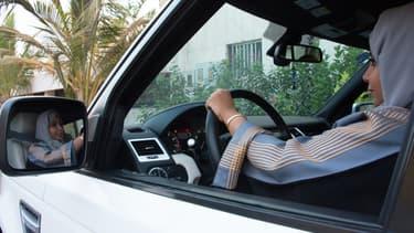 Une Saoudienne au volant d'une voiture, le 27 septembre 2017. (photo d'illustration)