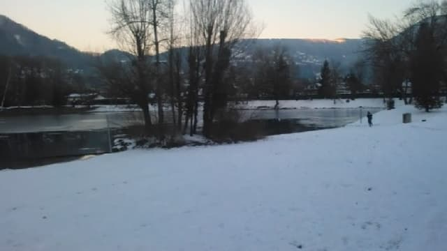 Deux adolescents de 12 et 13 se sont noyés, ce lundi, en tombant dans un lac gelé, à Thyez, en Haute-Savoie.