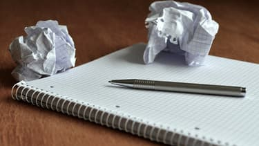 Rédiger son CV demande du temps... et il ne faut pas hésiter à en faire plusieurs versions en fonction des candidatures.