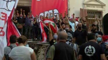 Beyrouth: des manifestants prennent d'assaut le ministère des Affaires étrangères libanais