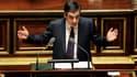 """Au Sénat, François Fillon est venu réaffirmer son hostilité au vote des étrangers aux élections locales, y voyant un possible """"ferment"""" du communautarisme, alors qu'une proposition de loi en ce sens déposée par la gauche devait passer au vote dans la soir"""