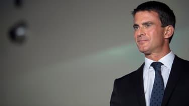 """Manuel Valls veut """"renforcer le partenariat avec la Chine""""."""