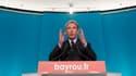 """François Hollande devra reprendre son programme économique """"en profondeur"""", à la mesure de la crise qui vient """"plus vite et plus dure qu'on ne l'imaginait"""", a affirmé jeudi François Bayrou, dans sa première déclaration publique depuis la victoire du socia"""