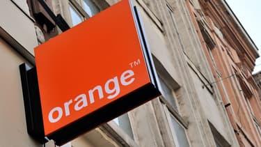 L'État détient au total 23% d'Orange, de manière directe ou indirecte.