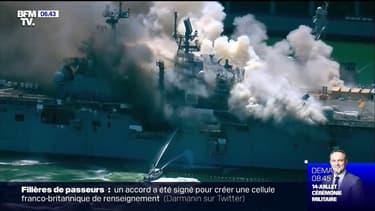 Un spectaculaire incendie se déclare à bord d'un navire militaire en Californie