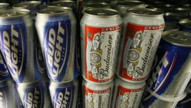 Su la base de témoignages d'anciens employés, des consommateurs estiment que Budweiser met trop d'eau dans ses bières.