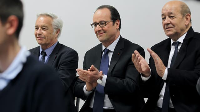 François Rebsamen et Jean-Yves Le Drian ont refusé un poste au sein du gouvernement remanié.